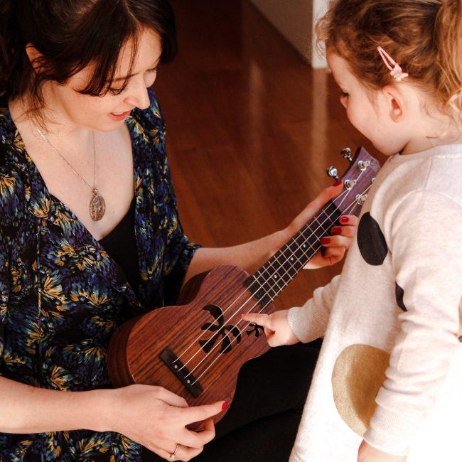 ukulele-baby-email